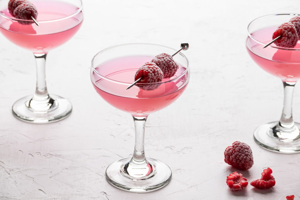 Raspberry cocktails drink photography for bartenders and bars